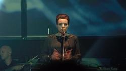 Mina Špiler, vocals/synths (click to enlarge)